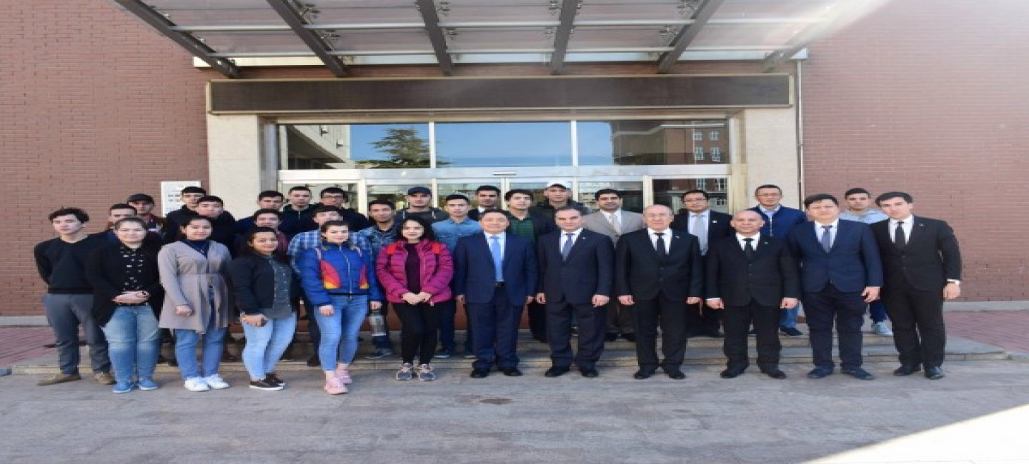 Meetings of the delegation of Turkmenistan at Beijing University of International Business and Economics