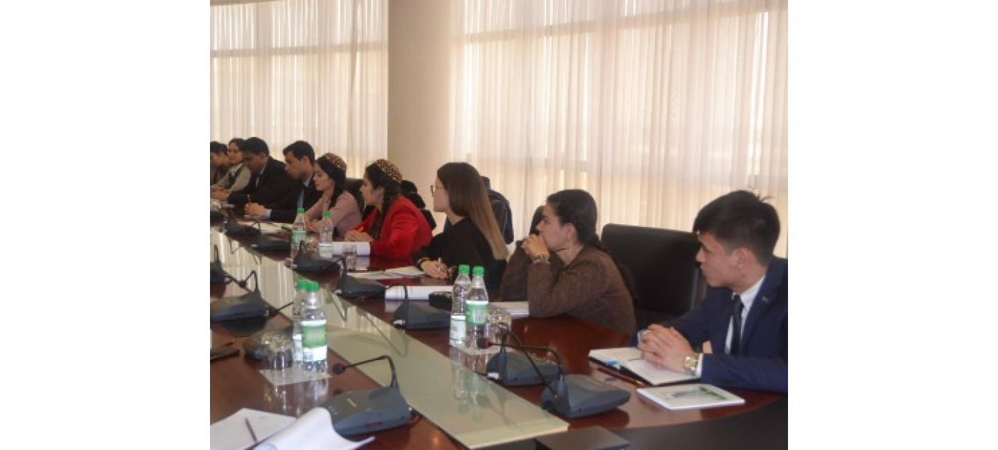 "Meeting with the winners of ""Young Ambassadors of SDG"" contest was held at the MFA of Turkmenistan"
